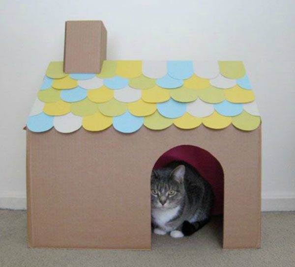 Домик для кошки из картонной коробки своими руками: примеры и пошаговые инструкции