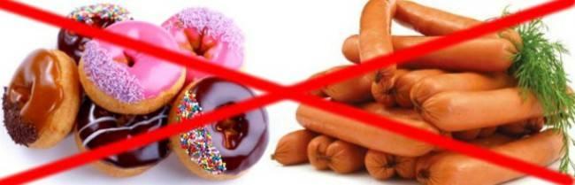 Разрешается ли давать собаке кушать арбузы: запреты по породам питомцев