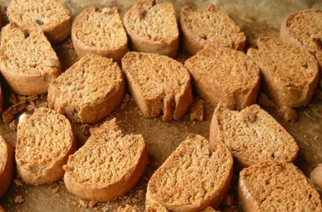 Хлеб в рационе кроликов
