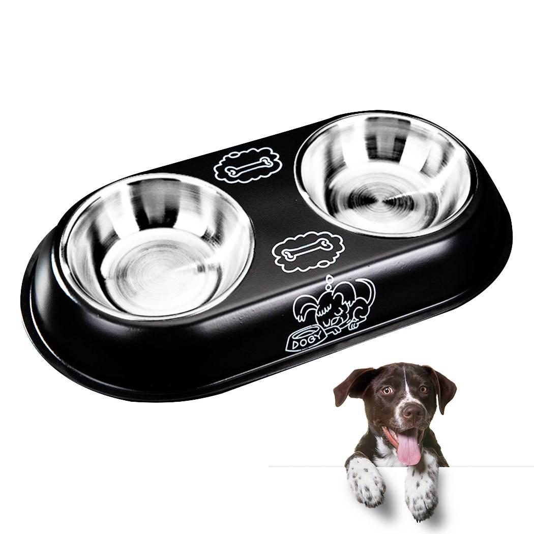 Миски для собак и место кормления