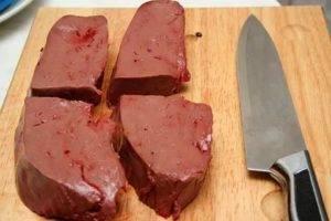 Почему собакам нельзя свинину — сало, ноги, желудок, печень и легкое