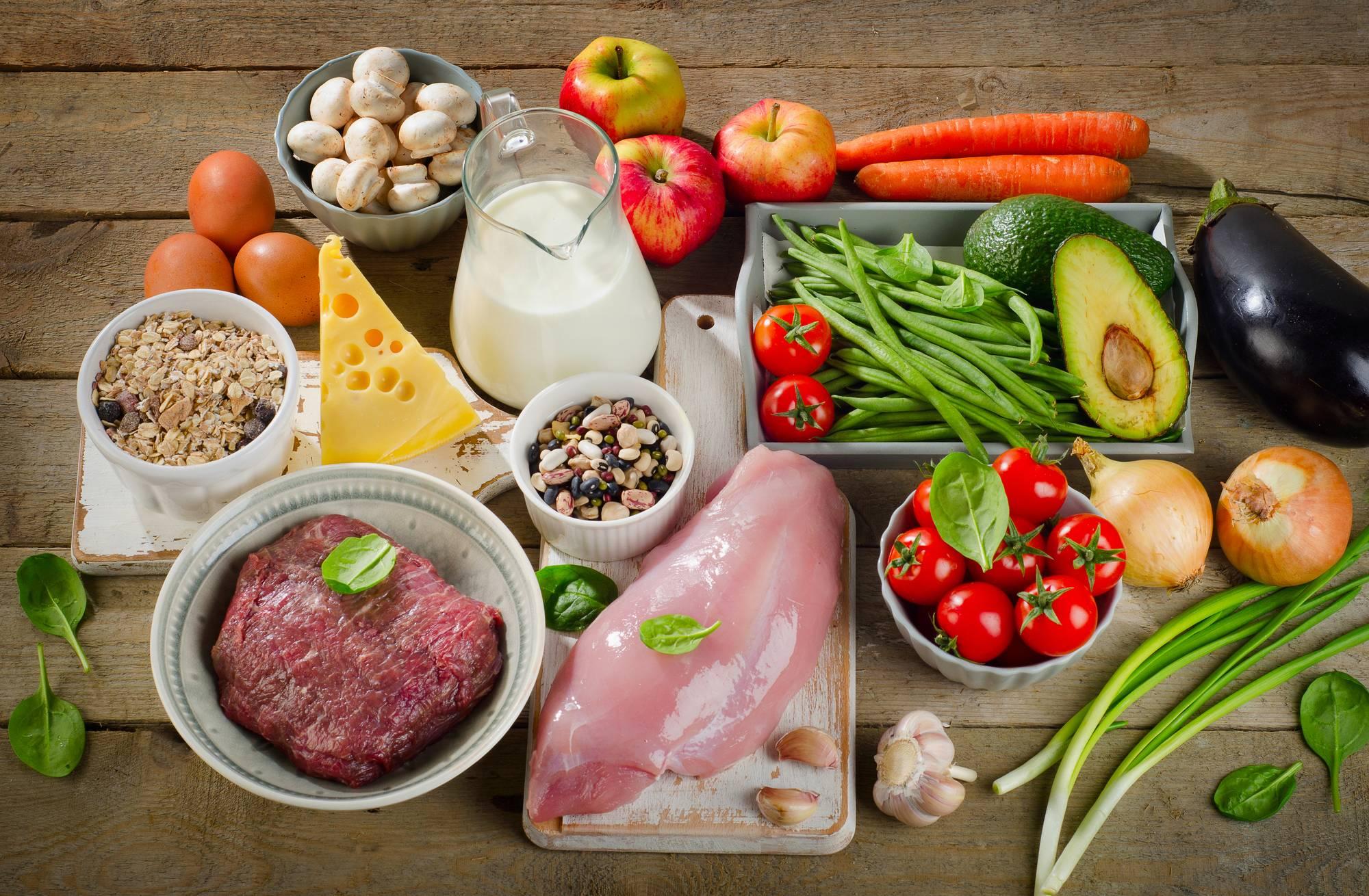 Натуральное питание для кошек: чем кормить котов в домашних условиях? правила кормления натуральным кормом. рецепты пищи для кошек