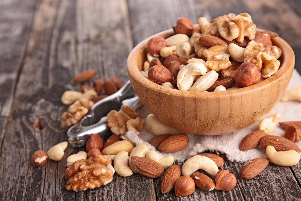 Орешки для хомяка: польза или вред?