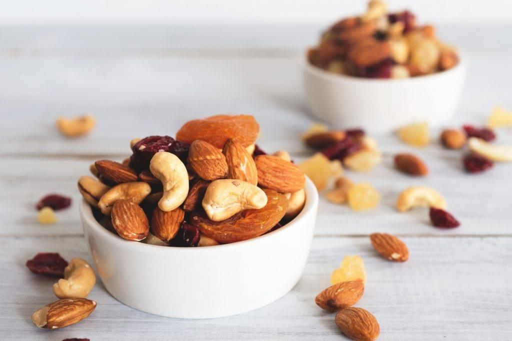 Сравнительная таблица химического состава арахиса и грецкого ореха – что полезнее? как их выбирать и употреблять?
