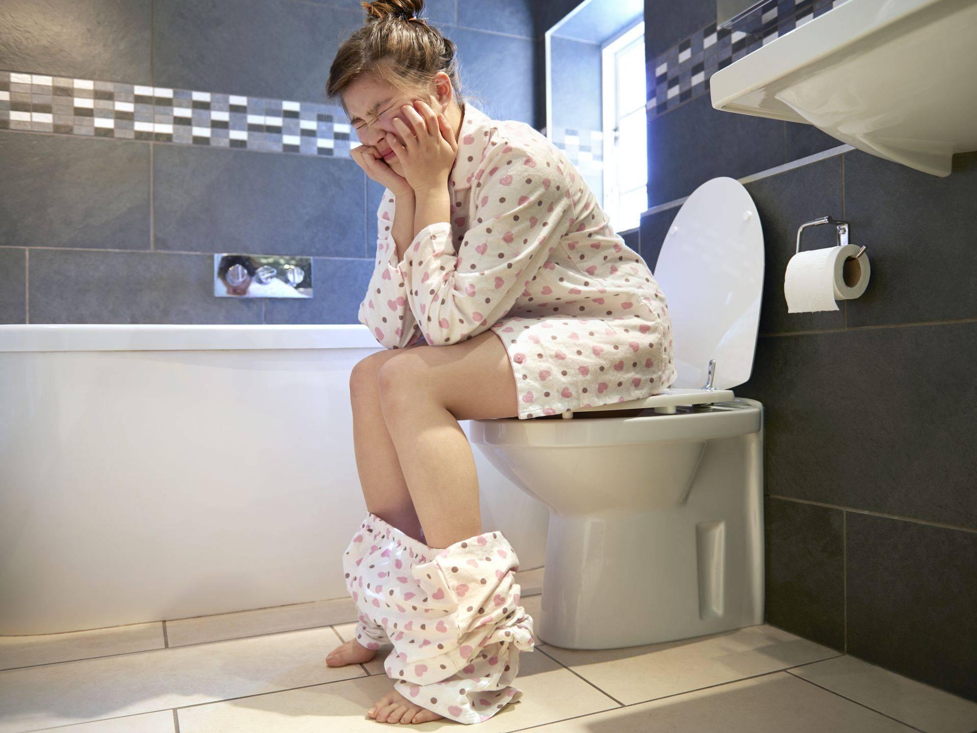 Частое мочеиспускание у женщин и мужчин: причины и лечение