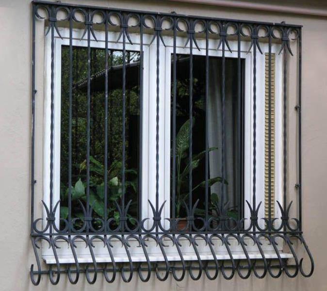 Москитная сетка антикошка на окна: виды и этапы монтажа