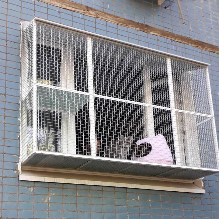 Сетки антикошка на окна, различные виды сеток антикошка, как крепить сетку антикошка